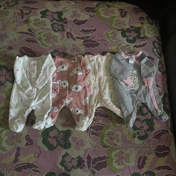 4 Preemie Sleepsuits